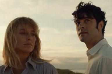 Canciones nominadas a los Premios Goya 2021. Fotografía del videoclip de la canción El verano que vivimos.