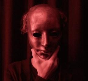"""Película de Netflix """"El cadáver"""", que muestra una distopía. Crítica de la película."""