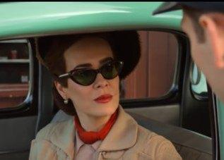 Sarah Paulson en Ratched, serie de suspense y terror psicológico.
