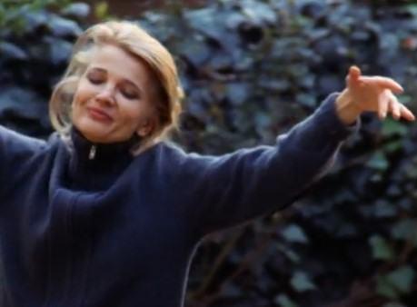 Escena de la película Una mujer bajo la influencia, de John Cassavetes.